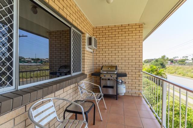 Balcony & BBQ